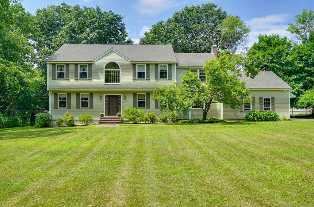 Sold – Single Family – 79 Strawberry Hill Rd Acton, MA 01720