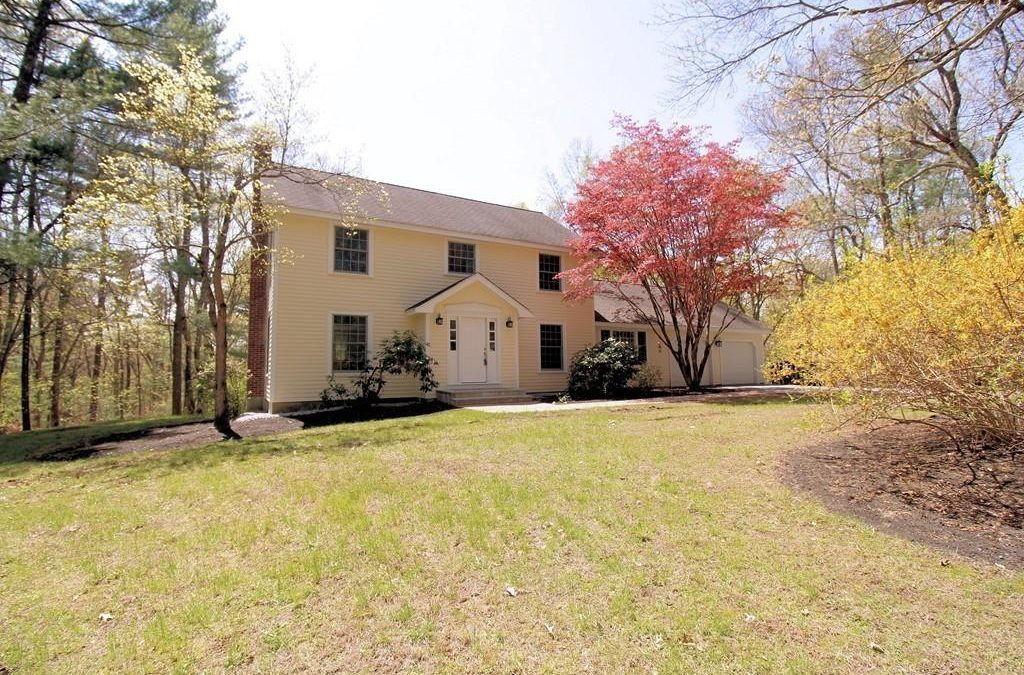 Single Family – 33 Hemlock Hill Carlisle, MA 01741