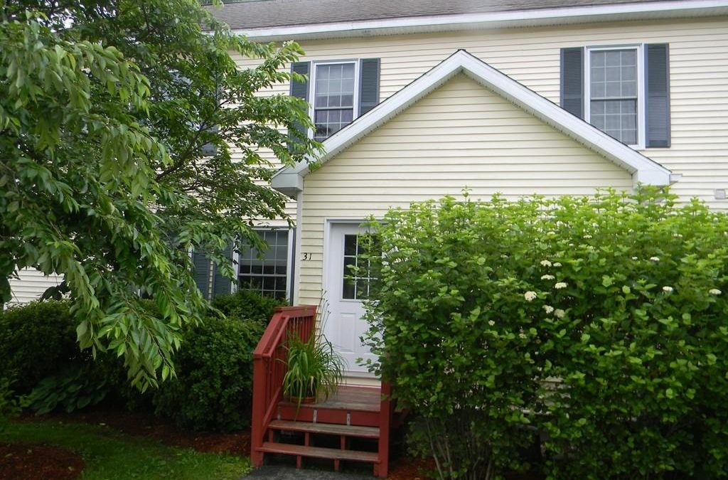 Rental – Townhouse – 31 Caesar Jones Way – Unit 23 Bedford, MA 01730