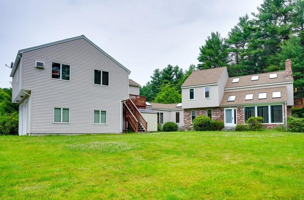 Single Family – 4 Sterling Ln Westford, MA 01886